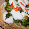 Bruschetta con cime di rapa, mozzarella e peperoncino bishop crown